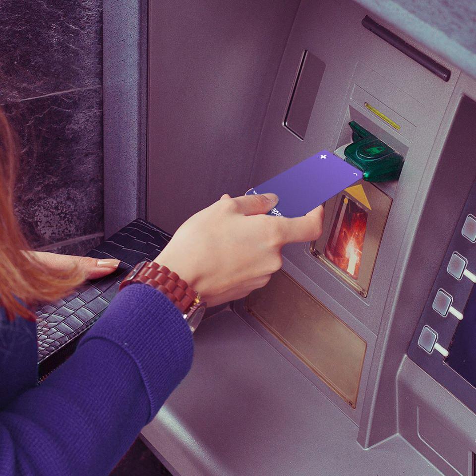 Lưu ý khi rút tiền mặt thẻ tín dụng vốn vay