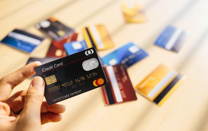 Khi bạn quên trả nợ thẻ tín dụng